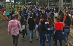 Image from walkout against gun violence at Punahou School in 2018. Photo Courtesy of Ezra Levinson '23